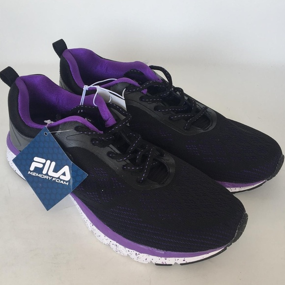 FILA Women Memory Foam Outreach Athletic Shoe BK